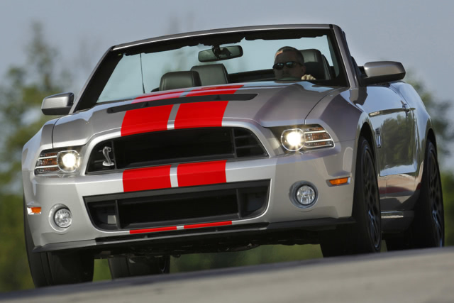 2014-Ford-Mustang-Shelby-GT500-Front-Quarter-1500x1000