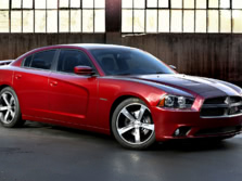 2014-Dodge-Charger-Front-Quarter-3-1500x1000.jpg