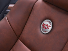 2014-Dodge-Charger-Interior-Detail-1500x1000.jpg