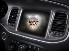 2014-Dodge-Charger-Interior-Detail-4-1500x1000.jpg