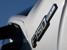 2014-Ford-F-150-Badge-2-1500x1000.jpg