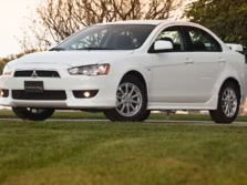 2014-Mitsubishi-Lancer-Sedan-Front-Quarter-1500x1000.jpg