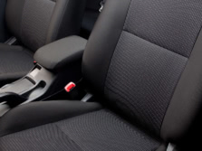 2014-Mitsubishi-Lancer-Sedan-Interior-1500x1000.jpg