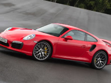 2014-Porsche-911-Turbo-Coupe-Front-Quarter-11-1500x1000.jpg