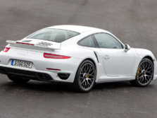 2014-Porsche-911-Turbo-Coupe-Rear-Quarter-7-1500x1000.jpg