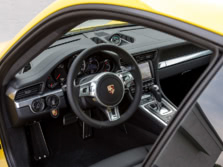 2014-Porsche-911-Turbo-Coupe-Steering-Wheel-1500x1000.jpg