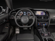 2015-Audi-RS-5-Steering-Wheel-1500x1000.jpg