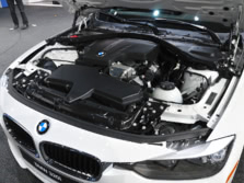 2015-BMW-3-Series-Engine-1500x1000.jpg