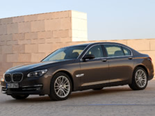 2015-BMW-7-Series-Front-Quarter-2-1500x1000.jpg