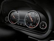 2015-BMW-7-Series-Instrument-Panel-2-1500x1000.jpg
