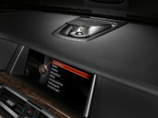 2015-BMW-7-Series-Interior-Detail-2-1500x1000.jpg