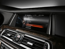 2015-BMW-7-Series-Interior-Detail-4-1500x1000.jpg