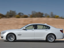 2015-BMW-7-Series-Side-2-1500x1000.jpg