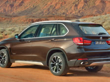 2015-BMW-X5-Rear-Quarter-4-1500x1000.jpg