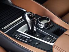 2015-BMW-X6-M-Interior-Detail-1500x1000.jpg