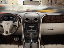 2015-Bentley-Flying-Spur-Dash-1500x1000.jpg