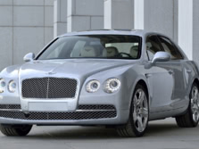 2015-Bentley-Flying-Spur-Front-Quarter-6-1500x1000.jpg
