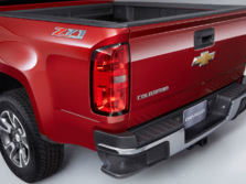 2015-Chevrolet-Colorado-Badge-1500x1000.jpg