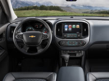 2015-Chevrolet-Colorado-Dash-1500x1000.jpg