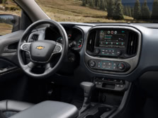 2015-Chevrolet-Colorado-Dash-2-1500x1000.jpg