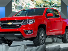 2015-Chevrolet-Colorado-Front-Quarter-3-1500x1000.jpg
