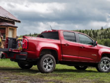 2015-Chevrolet-Colorado-Rear-Quarter-2-1500x1000.jpg