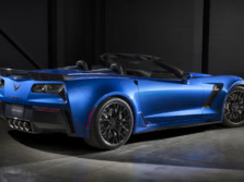 2015-Chevrolet-Corvette-Z06-Convertible-Rear-Quarter-1500x1000.jpg