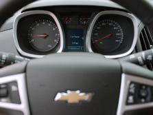 2015-Chevrolet-Equinox-Instrument-Panel-1500x1000.jpg