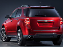 2015-Chevrolet-Equinox-Rear-Quarter-3-1500x1000.jpg