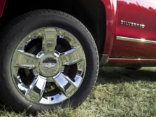 2015-Chevrolet-Silverado-1500-Wheels-1500x1000.jpg