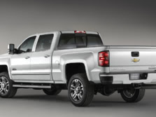 2015-Chevrolet-Silverado-2500-Rear-Quarter-2-1500x1000.jpg