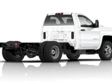 2015-Chevrolet-Silverado-3500-Rear-Quarter-2-1500x1000.jpg