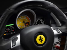 2015-Ferrari-FF-Instrument-Panel-1500x1000.jpg
