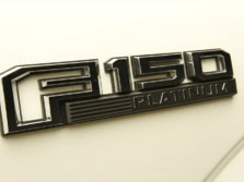 2015-Ford-F-150-Badge-1500x1000.jpg