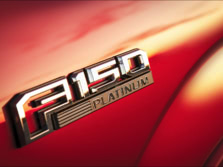 2015-Ford-F-150-Badge-3-1500x1000.jpg