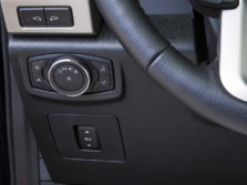 2015-Ford-F-150-Steering-Wheel-Detail-1500x1000.jpg
