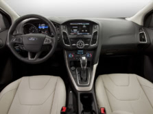 2015-Ford-Focus-Dash-1500x1000.jpg
