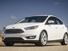 2015-Ford-Focus-Front-Quarter-4-1500x1000.jpg