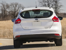 2015-Ford-Focus-Rear-1500x1000.jpg