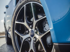 2015-Ford-Focus-Wheels-1500x1000.jpg