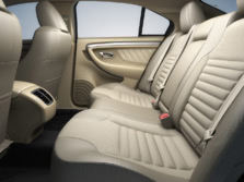 2015-Ford-Taurus-Sedan-Rear-Interior-1500x1000.jpg