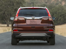 2015-Honda-CR-V-Rear-2-1500x1000.jpg