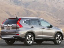 2015-Honda-CR-V-Rear-Quarter-16-1500x1000.jpg