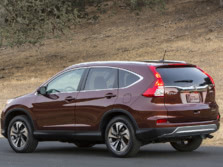 2015-Honda-CR-V-Rear-Quarter-6-1500x1000.jpg