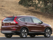 2015-Honda-CR-V-Rear-Quarter-7-1500x1000.jpg