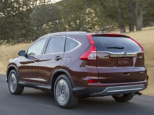 2015-Honda-CR-V-Rear-Quarter-9-1500x1000.jpg