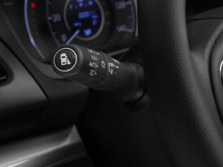 2015-Honda-CR-V-Steering-Wheel-Detail-1500x1000.jpg