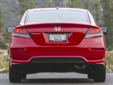 2015-Honda-Civic-Rear-1500x1000.jpg