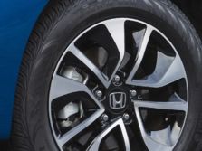 2015-Honda-Civic-Wheels-1500x1000.jpg