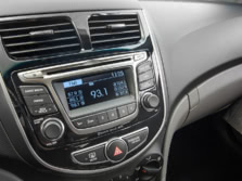 2015-Hyundai-Accent-Center-Console-1500x1000.jpg